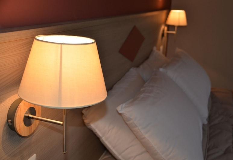 Kaliè Rooms - Guesthouse, Cagliari, Dört Kişilik Oda, Ortak Banyo, Oda