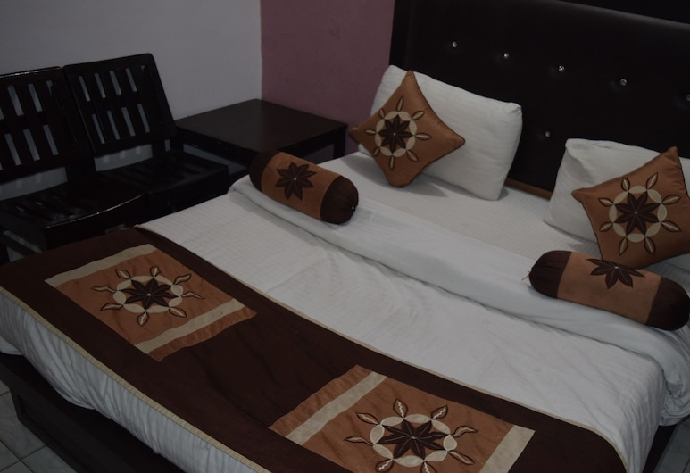 Trishul Hotel, Haridwar, Standard Single Room, 1 Double Bed, Accessible, Smoking, Guest Room