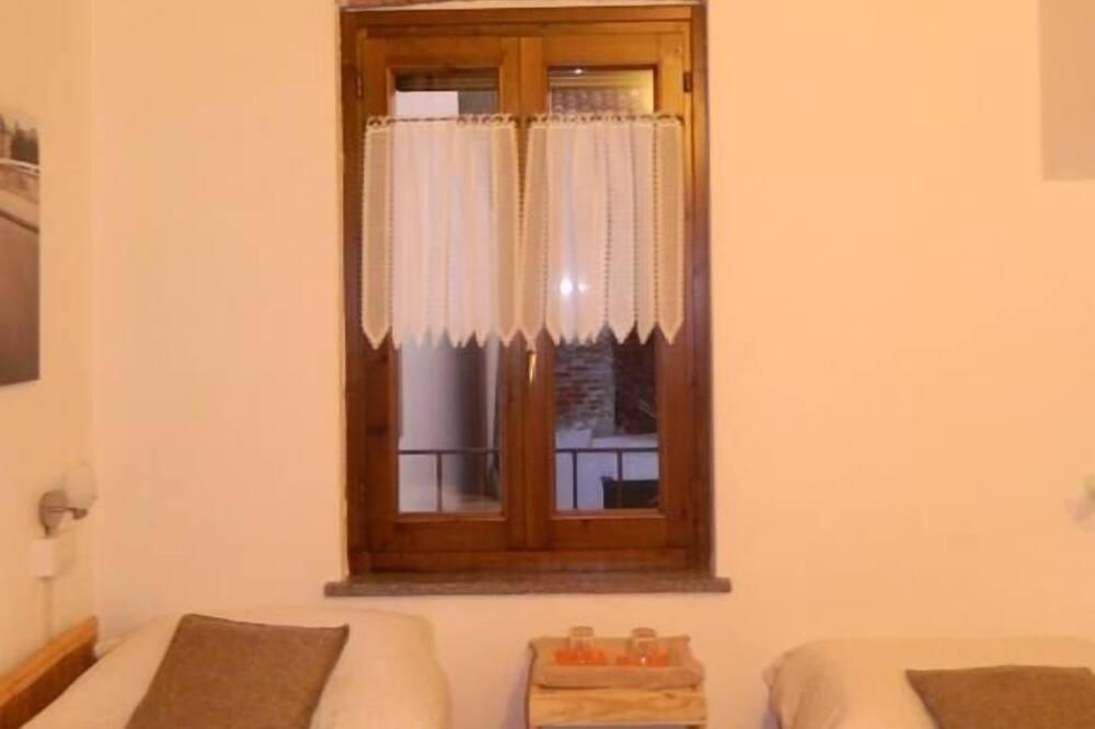 ツインルーム シングルベッド 2 台 - 客室