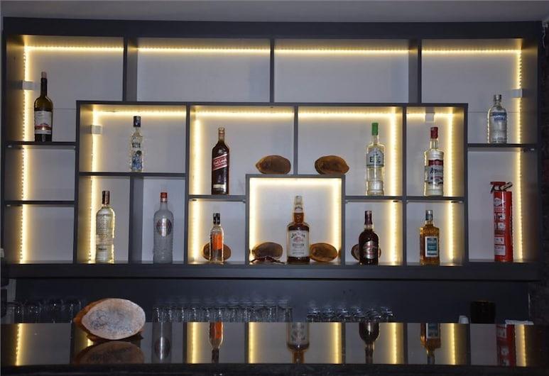 Best Smyrna Hotel, Kuşadası, Otel Barı