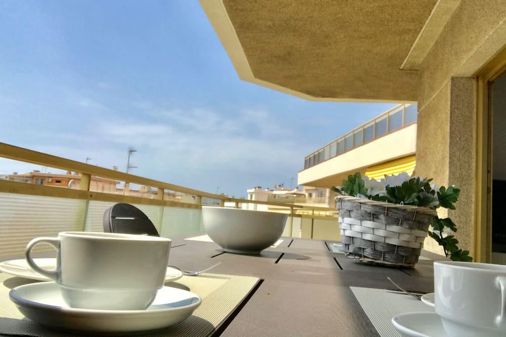 Komforta dzīvokļnumurs, viena guļamistaba, skats uz okeānu - Āra ēdināšanas zona