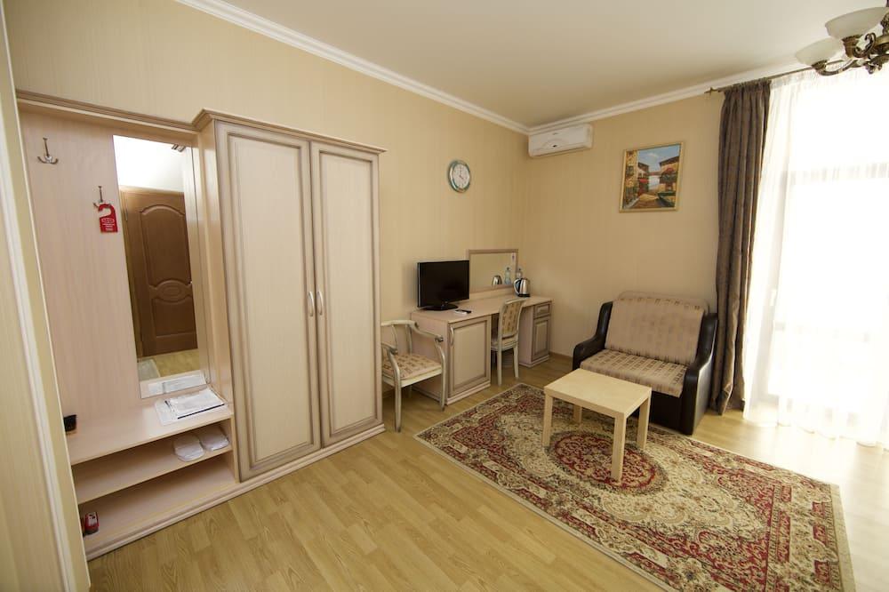 Superior Double Room, Partial Sea View - Ruang Tamu