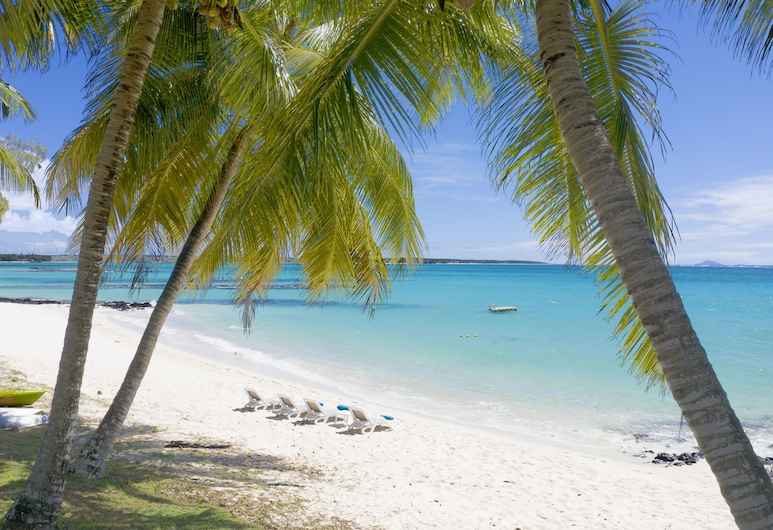Villa Eva - close to one of the best beaches in Mauritius, maid cooking lunch, Belle Mare, Beach