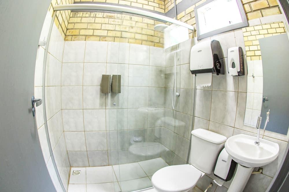 Standard Shared Dormitory, 6 Bedrooms, Private Bathroom - Bathroom