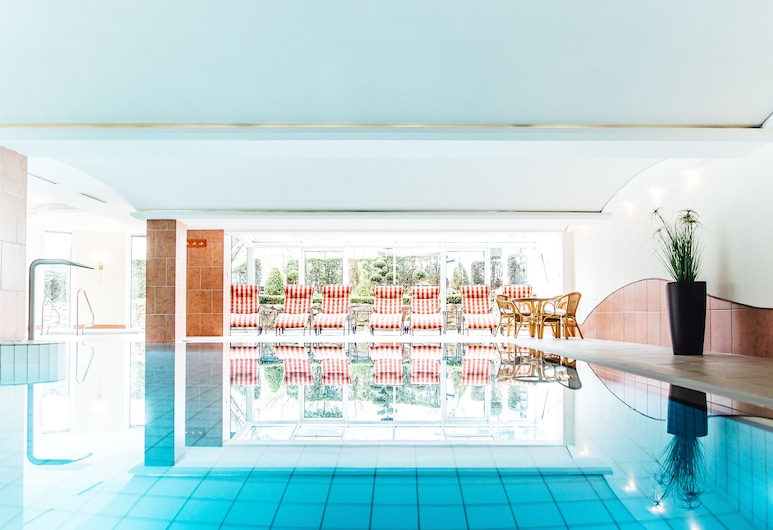 Ringhotel Teutoburger Wald, Tecklenburg, Pool