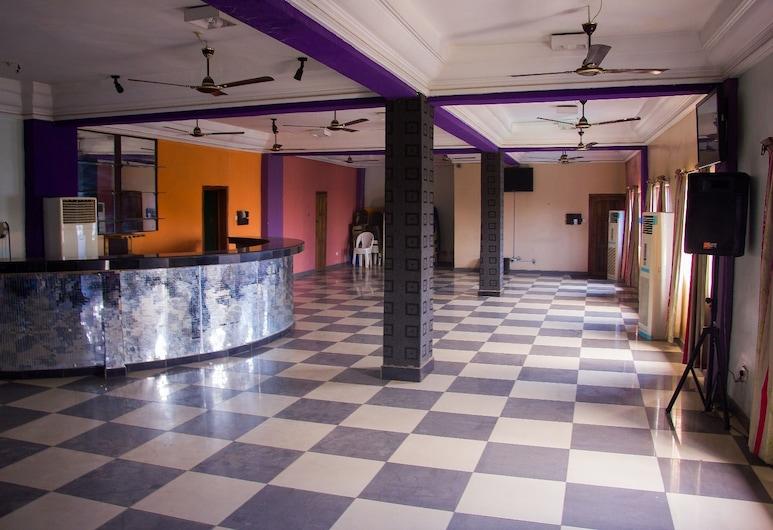 艾莫塔天堂區 2 號飯店, 拉各斯, 櫃台