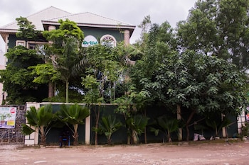 Picture of De Web Hotel & Lodge in Lagos