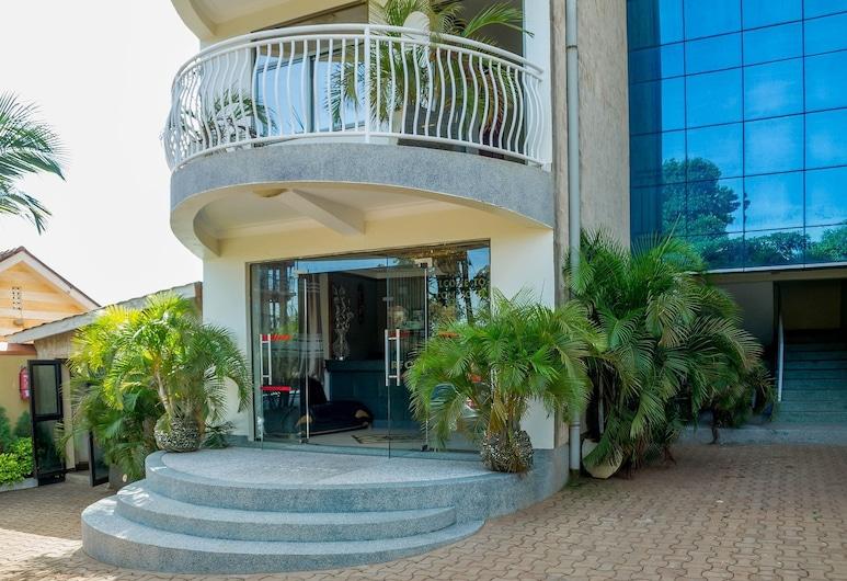 Alcom Hotel, Kampala, Entrada del hotel
