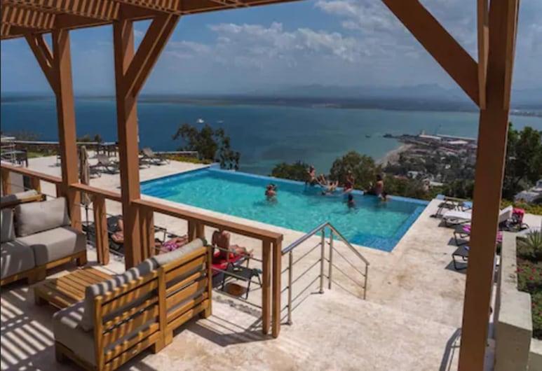 Satama Hotel, Cap-Haïtien, Terrasse/Patio