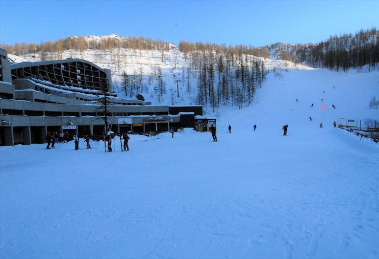Front Ski slope Cervinia Apartments, Cervinia, Departamento exclusivo, terraza, junto a la pista de esquí, Habitación