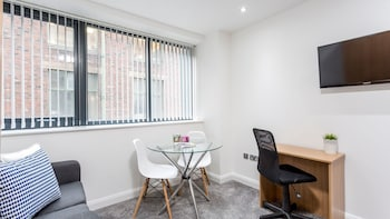 Picture of Fabulous modern Manchester apartment in Manchester