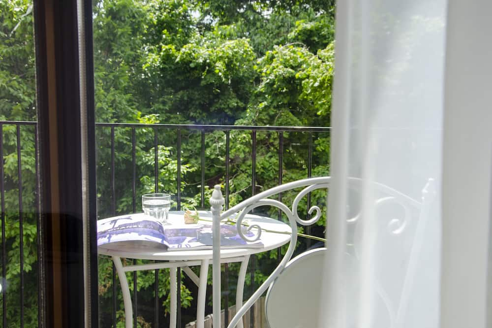Superior Double Room, 2 Twin Beds - Balcony
