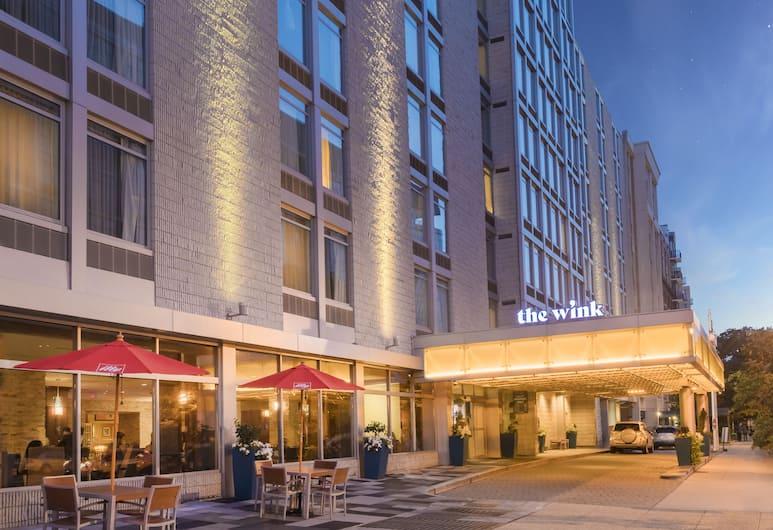 The Wink Hotel, Washington, Facciata hotel