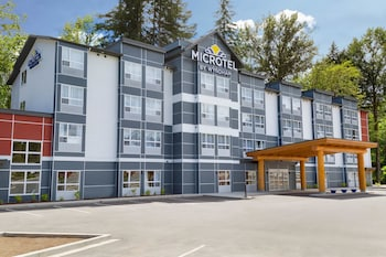 Picture of Microtel Inn & Suites by Wyndham Oyster Bay in Nanaimo