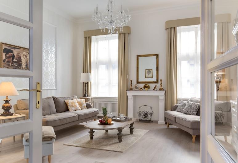 Chestnut & Eliza Suites - Superior Homes, Budapešť, Romantický apartmán, 2 spálne (Chestnut Suite, 2nd floor), Obývačka