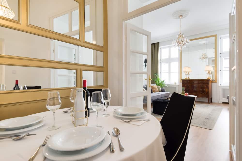 Căn hộ Superior, 2 phòng ngủ (Eliza Suite, 1st floor) - Ăn uống tại phòng