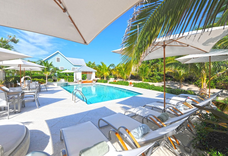 Mango Cottage: 2-Bedroom Cottage on Oceanfront Micro-Resort 10 mins from Seven Mile Beach, 西灣, 泳池