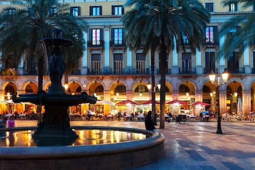バルセロナの中心部にある新しいデュプレックス、プール8、無料のWIFI/
