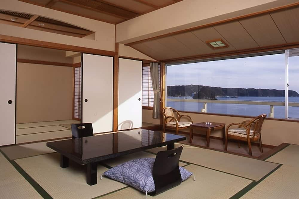 Family Room, Non Smoking, Ocean View (Breakfast Included) - Guest Room