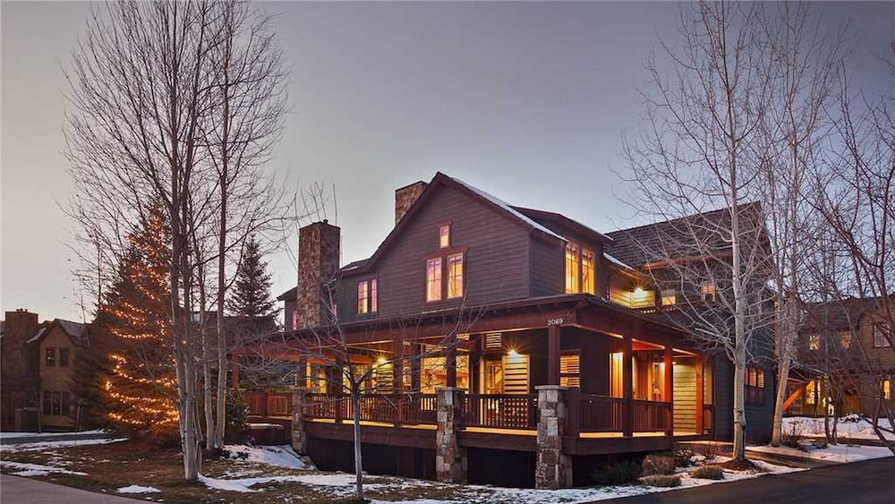Rocking Chair Lodge, Steamboat Springs