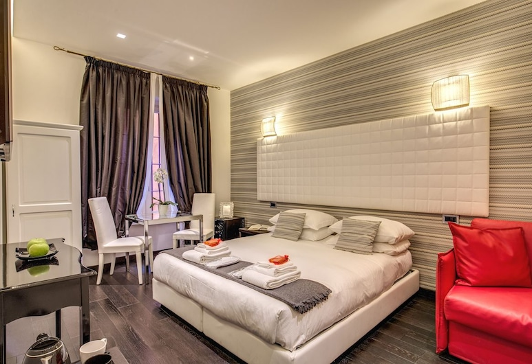 Navona Living Rome, Rome, Classic Double or Twin Room, Guest Room