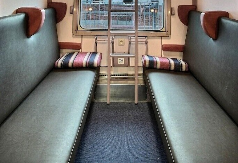 Train Cabin Hostel, Brussels, Basic Cabin (Train Compartment), Guest Room