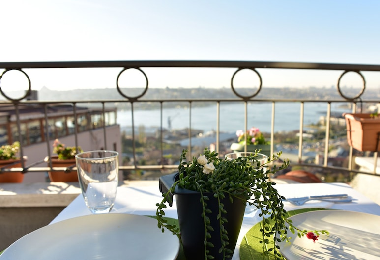 Taksim Terrace Hotel, Istanbul, Outdoor Dining