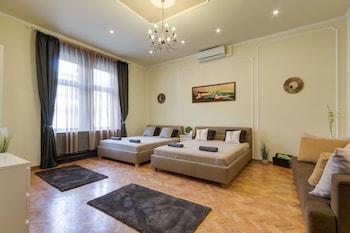 Budapeszt — zdjęcie hotelu Real Apartments Andrassy