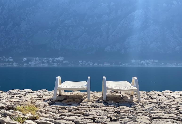 Villa Mariner, Kotor, Strand
