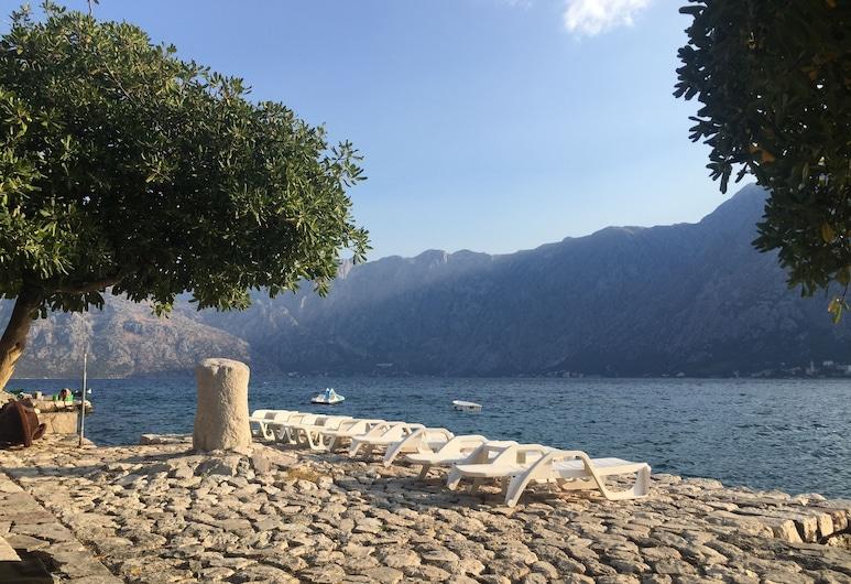 Villa Mariner, Kotor, Beach