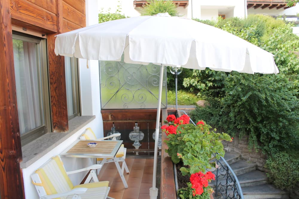 Panoramic Villa, 4 Bedrooms, Fireplace, Mountainside - Balcony