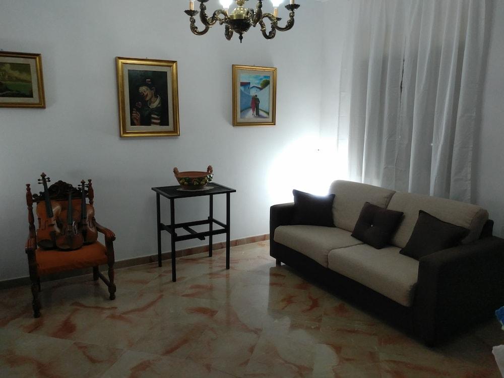 Sala Fumatori Aeroporto Palermo : Prenota damanto&romanino a palermo hotels.com