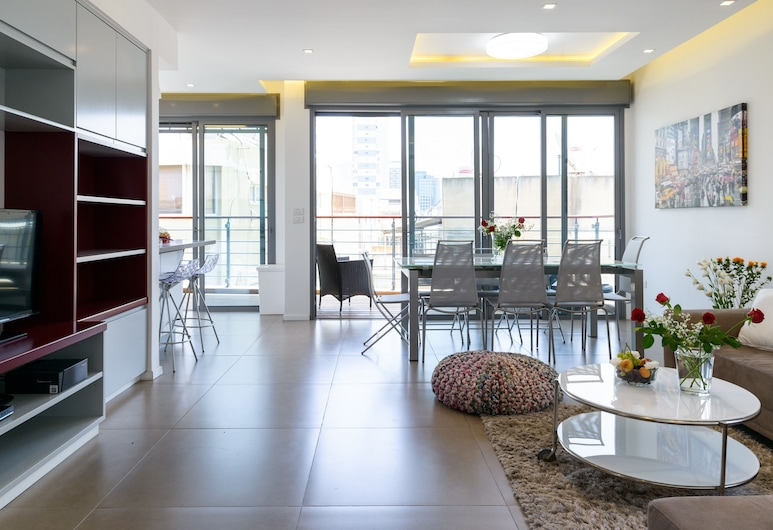 Best Location 3 BR 50m Beach Parking, Tel Aviv, Luxury külaliskorter, 3 magamistoaga, Lõõgastumisala