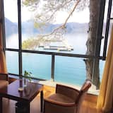 Superior Twin Room with View - Guest Room