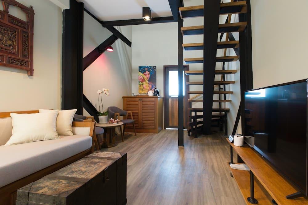 Duplex Twin Suite - Living Area
