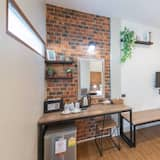 Deluxe Double Room, 1 King Bed, Refrigerator & Microwave, Garden View - Living Area