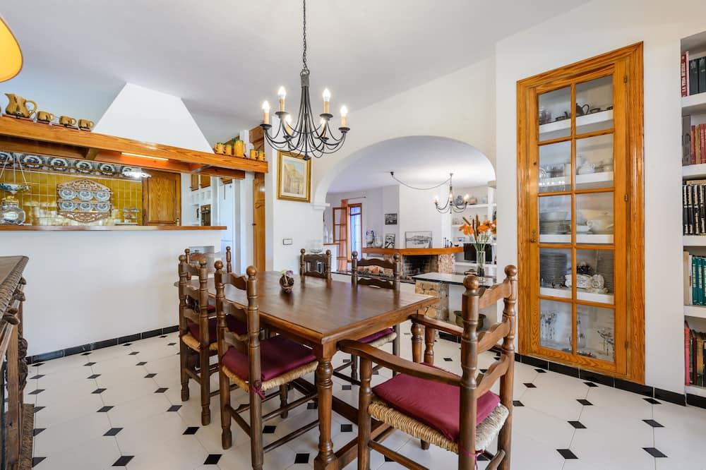 Villa urbana, 5 habitaciones, piscina privada - Servicio de comidas en la habitación