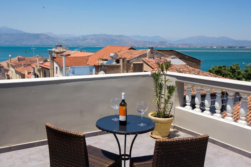 Улучшенный люкс, вид на море - Вид с балкона