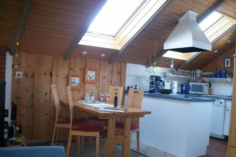شقة - ٣ غرف نوم (incl. 65€ Cleaning Fee) - تناول الطعام داخل الغرفة