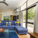 Семейный коттедж, 4 спальни, патио, вид на сад - Гостиная