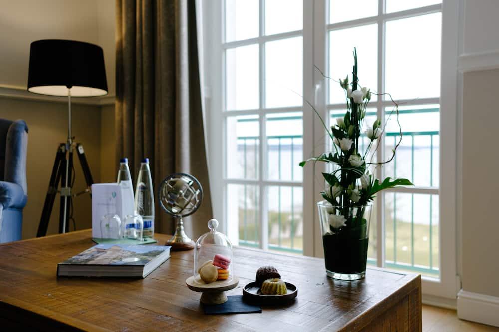 Suite, vista al lago - Sala de estar