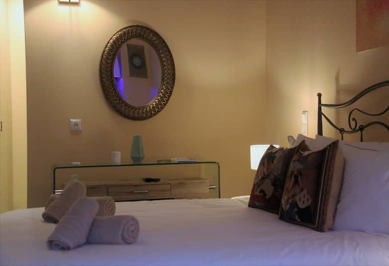 Fileas Art, Chania, Superior Double Room, Ground Floor, Guest Room