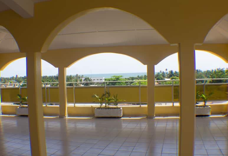 珍妮公寓酒店, 洛美, 陽台