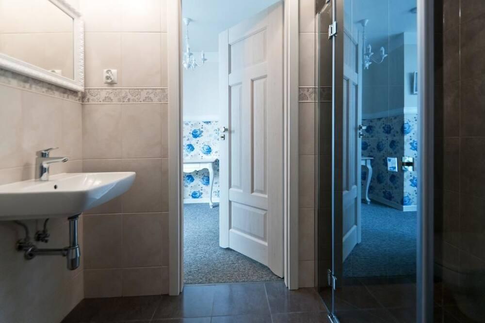 Double Room (24) - Bathroom
