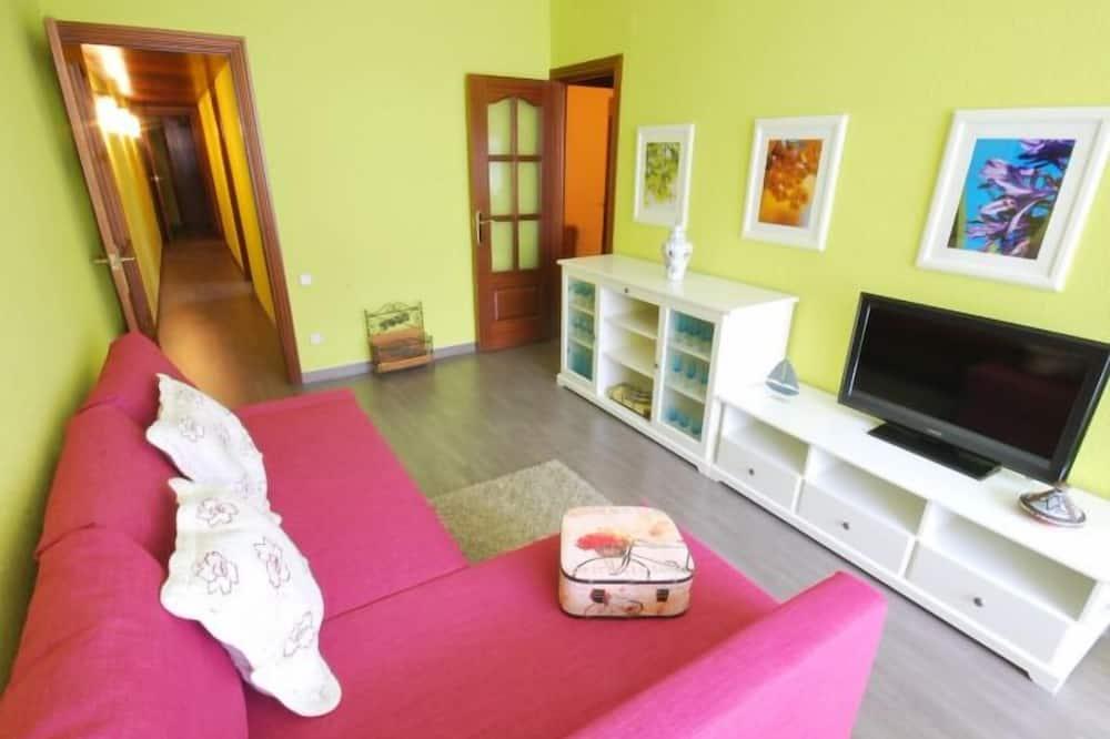Apartmán, 3 spálne, balkón - Obývačka