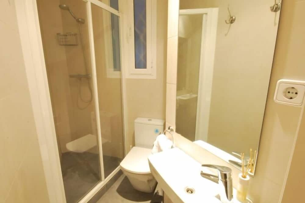 Apartment, 4 Bedrooms - Bathroom