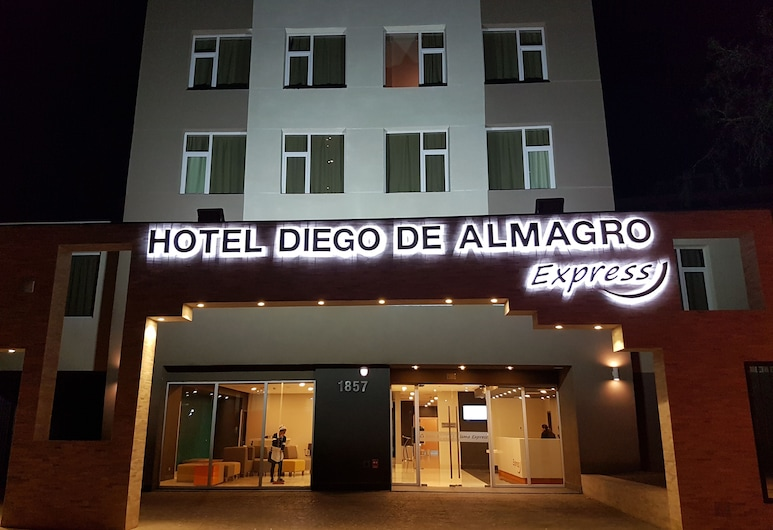 Diego de Almagro Calama Express, Calama, Hotellinngang