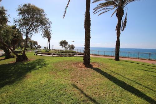 季節海灘公寓