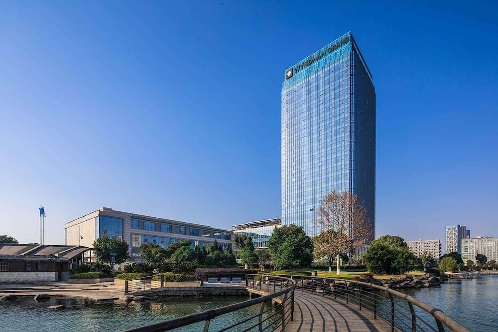 Wyndham Grand Suzhou Fenhu