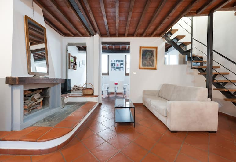 Short-let Florence Apartment Parione, Florence, Appartement, 3 chambres, Coin séjour